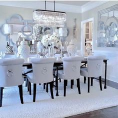 This White Dining Room is incredible . would you dare? This White Dining Room is incredible . would you dare? Dining Room Table Decor, Elegant Dining Room, Luxury Dining Room, Beautiful Dining Rooms, Dining Room Design, Living Room Decor, Dinning Room Chandelier, White Dining Room Table, Dining Tables