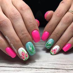 Viewed currently as more a trend hobby and something which enables for creativeness and expression of one's own fashion, the nail designs and art are considered to be a considerable section of style and beauty. Flower Nail Designs, Flower Nail Art, Nail Art Designs, Basic Nails, Simple Nails, Spring Nails, Summer Nails, Cute Nails, My Nails