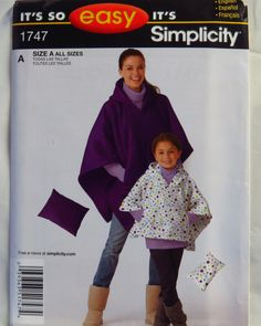 Simplicity 1747 Stadium Poncho in Two sizes and Pillow
