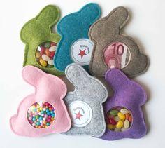 Hasen-Geschenkverpackung - Das ganz besondere Geschenk - Osterhase aus Wollfilz mit Sichtfenster zum individuellen Befüllen mit netten Kleinigkeiten. Tolle Geschenkidee zu Ostern.