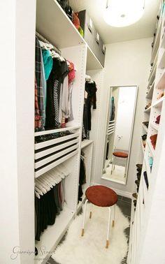 Super Ideas Small Closet Organization Diy For Teens Walk In Small Walkin Closet, Small Master Closet, Small Closets, Small Walk In Closet Ideas, Dream Closets, Walk In Closet Inspiration, Small Closet Space, Organizing Walk In Closet, Ikea Closet Organizer