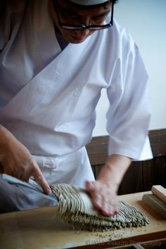 Japanese soba noodles 蕎麦 : photo by Kyosuke Wakairo