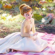"""Forgive me, maturity is making me poetic. Disney Princess Movies, Disney Princess Pictures, Disney Pictures, Princesa Disney Frozen, Disney Frozen Elsa, Frozen Movie, Anna Disney, Frozen Wallpaper, Cute Disney Wallpaper"