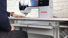 The BERNINA Free Hand System lifts the foot, releases and lowers the foot, opens up (releases) the tension and drops the feed dog when sewing. Folding Sewing Table, Old Sewing Tables, Vintage Sewing Table, Singer Sewing Tables, Diy Sewing Table, Sewing Machine Tables, Diy Table, Sewing Art, Hand Sewing