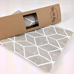 Kitchen with style: textiles and tea towels packaging Scarf Packaging, Cute Packaging, Brand Packaging, Packaging Design, Packaging Ideas, Bedding Inspiration, Creative Box, Packaging Solutions, Custom Boxes
