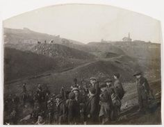 """Félix THIOLLIER, (Sans titre), Titre attribué : """"Mineurs à Saint-Etienne"""", vers 1900. Epreuve au gélatino-bromure d'argent sur papier baryte. 28,1 x 36,9 cm. Achat Monsieur Michel Mazoyer en 1993. © DP."""
