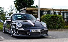 Porsche GT3RS 4.0 monster.