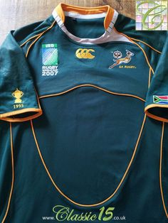 e6c1558d9c7 Relive South Africa's 2007 World Cup with this vintage Canterbury home Pro  rugby shirt.
