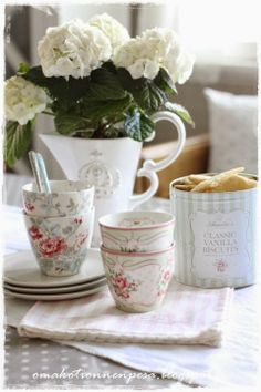 <3 Good Food, Yummy Food, Best Mom, Own Home, Special Day, Interior Inspiration, Tea Cups, Picnic, Shabby Chic