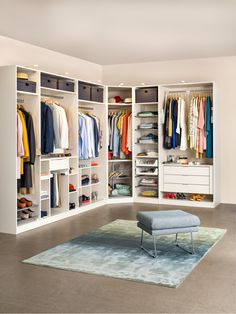 23 Amazing Modern Walk-in Closet Storage Ideas Walk In Closet Design, Bedroom Closet Design, Closet Designs, Home Decor Bedroom, Corner Wardrobe Closet, Bedroom Wardrobe, Master Closet, Floor To Ceiling Wardrobes, Wardrobe Cabinets