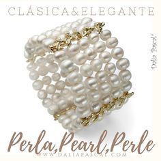 Puedes adquirirlo en http://dalia-pascal.myshopify.com/collections/bano-de-oro/products/vinas-de-oro-brazalete