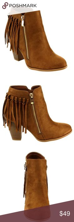 "Sz Top Moda Fringe Side Zip chunky Heel Booties These chic ankle booties are featuring a soft faux suede upper, roun toe, a fringe trim at back and side zipper closure, high stacked chunky heel. Features Faux Suede Imported Synthetic sole Shaft measures approximately 4 from arch Zip closure at side Heelheight measures approximately 3.4"" Fringe details at back High chunky stacked heel Top Moda Shoes Ankle Boots & Booties"