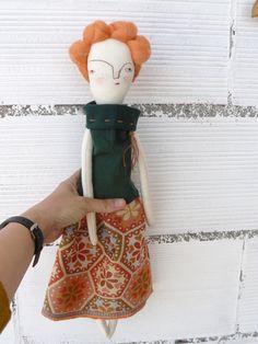 Muñeca artística con pelo de lana merino cosido a mano. de AntonAntonThings en Etsy