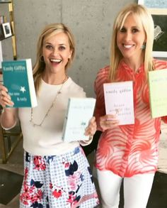 From her favorite thrillers to novels and how-to guides, see which books Reese Witherspoon picked for her Hello Sunshine Book Club in and 2017 Reese Witherspoon Instagram, Reese Witherspoon Book Club, Book Club Books, New Books, Book Lists, Book Clubs, Emily Giffin Books, Luckiest Girl Alive, Sunshine Books