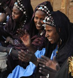 Africa | Tuareg woman singing and watching their men at a wedding in Djenne, central Mali | ©Diary of a Photographic Nomad