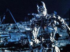 "A Series 800 terminator, a robot-only ""Hunter Killer"" version of the Model 101 android played by Arnold Schwarzenegger. Best Sci Fi Movie, Sci Fi Movies, Good Movies, Fiction Movies, T 800 Terminator, Terminator Movies, Terminator Genesis, Arnold Schwarzenegger, King Kong"