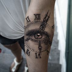 clock tattoo by Niki Norberg