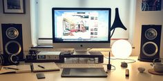 Minimal Desks - Simple workspaces, interior design: Photo