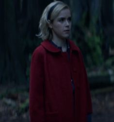 Chilling Adventures of Sabrina Kiernan Shipka Sabrina Costume, Kiernan Shipka, Sabrina Spellman, Chilling, Costumes, Adventure, Hoodies, Pictures, Fashion
