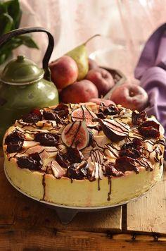 Bardzo dobry sernik jesienny z owocami - niebo na talerzu Polish Recipes, Polish Food, Food Cakes, Cheesecakes, Tiramisu, Camembert Cheese, Cake Recipes, Sweets, Baking