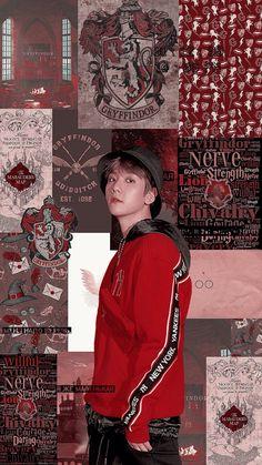 baekhyun and harry potter. Chanyeol, Kyungsoo, Exo Stickers, Baekhyun Wallpaper, Exo Merch, Exo Chanbaek, Exo Lockscreen, Kpop Exo, Kpop Aesthetic