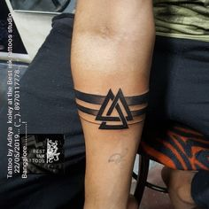 arm band tattoo - Brenda O. arm band tattoo - This image . - arm band tattoo – Brenda O. arm band tattoo – This image has get 47 repi - Black Band Tattoo, Tribal Band Tattoo, Wrist Band Tattoo, Cuff Tattoo, Forearm Band Tattoos, Tattoo Arm, Black Tattoos, Armband Tattoo Mann, Armband Tattoos For Men