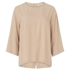 Pomandere Blush Blouse (2.648.500 IDR) ❤ liked on Polyvore featuring tops, blouses, 3/4 sleeve tops, button up blouse, button down top, 3/4 length sleeve tops and beige top