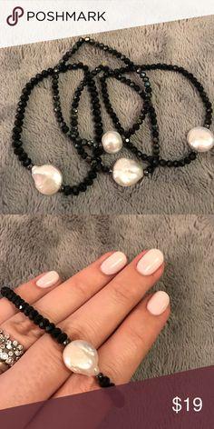 Handmade semi precious stones bracelet Handmade bracelet with black semi precious stones and sweet water pearl. Jewelry Bracelets