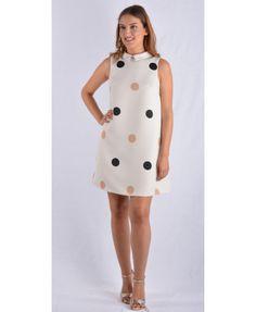 Το μίνι φόρεμα τόσο διαφορετικό απόσο το έχετε συνηθίσει. Άνετο, αμάνικο με υπέροχες βούλες και έναν εξαιρετικό γιακά. Κατασκευασμένο στην Ελλάδα απο 100 % πολυεστέρα. Mini Dresses, High Neck Dress, Fashion, Turtleneck Dress, Moda, Fashion Styles, Fashion Illustrations, High Neckline Dress, Short Dresses