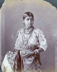 Old Portraits of Indian in the 19th Century A young Kanchain woman, circa 1880. (Photo by Hulton Archive/Getty Images) http://www.vintag.es/2013/07/old-portraits-of-indian-in-19th-century.html#more