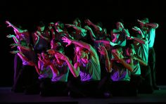 Review: Batsheva Dance Company's Young Ensemble Embodies a Signature Litheness - The New York Times