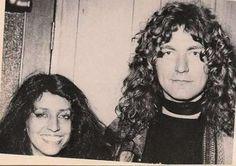 robert-plant-maureen-wilson-2 Audrey Hamilton, Shirley Wilson, Tennis Ball Thrower, Robert Plant Led Zeppelin, Moving To England, Jimmy Page, Cool Bands, Beautiful Men, Tumblr