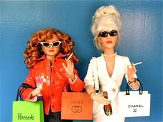 Absolutely Fabulous: Dolls are reimagined as Eddie Monsoon and Patsy Stone of the BBCs Absolutely Fabulous (Ab Fab). Barbie Mode, Bad Barbie, Barbie Style, Patsy And Edina, Ella Enchanted, Joanna Lumley, Fraggle Rock, Ab Fab, Vanellope