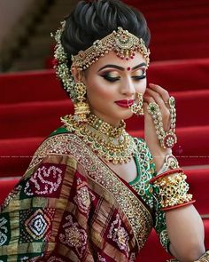 Traditional Indian Bridal Makeup Looks That You Must Know as A Bride! Bridal Makeup For Brown Eyes, Bridal Makeup Looks, Indian Bridal Makeup, Bride Makeup, Bridal Looks, Bridal Style, Indian Makeup Looks, Beautiful Bridal Makeup, Best Bridal Makeup