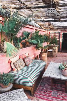 Garden Goals - 25 Patios We Could Live In - Photos