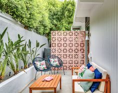 227 outdoor raised planters design photos and ideas. the small outdoor sitting area just outside the den features a striking brise soleil. Style Palm Springs, Palm Springs Houses, Backyard Renovations, Patio Renovation Ideas, A Frame House, Small Patio, Narrow Patio Ideas, Sitting Area, Decoration