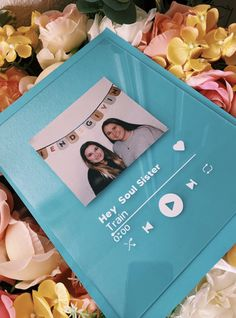 Diy Birthday Gifts For Friends, Cute Best Friend Gifts, Birthday Gifts For Boyfriend Diy, Cute Birthday Gift, Birthday Diy, Diy Bff Gifts, 18th Birthday Present Ideas, Diy Gift For Bff, 22nd Birthday