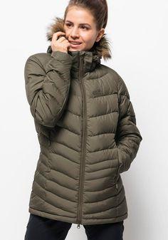 Kalte Jahreszeit heiß auf draussen! Schnell die SELENIUM BAY überziehen und den Winter genieß... #OTTO #JACKWOLFSKIN Daunenjacken #Jacken #Sale #Damen Jack Wolfskin Daunenjacke SELENIUM BAY grün | 04060477626468 #mode #modeonlinemarkt #mode_online #girlsfashion #womensfashion Jack Wolfskin, Mode Online, Winter Jackets, Products, Fashion, Winter Coats, Moda, Winter Vest Outfits, Fashion Styles