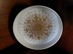 Graphic Rosenthal Baumann Studio Line White Porcelain Console bowl, MidCenturyFLA, https://www.etsy.com/listing/161889835/rosenthal-baumann-studio-line-white?ref=shop_home_active