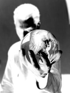strato zoo, the future is now, albert hofmann, ®es kaufmann, LSD, stanislav grof, psychedelic, chicago strat 1965, vinyl, U 67, john lennon,  stratocaster, cocaine, love, ayahuasca, bob marley, strato zoo - island of eternal living souls, trance, timothy leary, strato zoo switzerland, psylocibine,  gibson, ®a, guitar, jonathan ott, THC, phantom V, wir kinder vom strato zoo, ®ainbow electric sound studios,  DMT, recording, pink floyd, fender, MDMA, nelson mandela, amanda seyfried, fiona apple Timothy Leary, Sound Studio, The Future Is Now, Nelson Mandela, Amanda Seyfried, John Lennon, Pink Floyd, Trance, Bob Marley