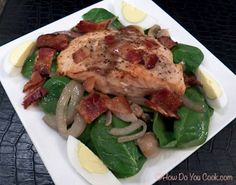 Salmon on Spinach Salad with Warm Bacon Dressing Seafood Dishes, Seafood Recipes, Recipes Using Fish, Healthy Cooking, Healthy Recipes, Healthy Dinners, Warm Bacon Dressing, Sauteed Vegetables, Spinach Recipes