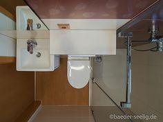 Badideen für kleine Bäder - BÄDER SEELIG Mini Bad, Cabinet, Storage, Furniture, Home Decor, Walk In Tub Shower, Small Baths, Guest Toilet, Random Stuff