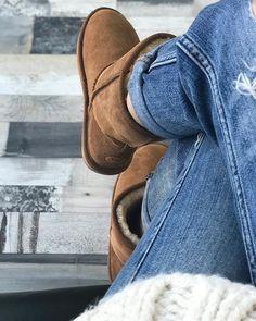 pl sklep internetowy z obuwiem autoryzowany od sprzedajacy obuwie firm Dr. Fly London, Ugg Boots, Uggs, Emu, Shoes, Fashion, Fur Fashion, Women's, Moda