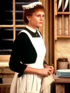 Julia Roberts in Mary Reilly (1996)