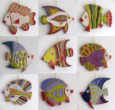 Tenture en céramique poissons décoratifs faits à la main /