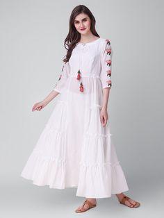 Ladies kurta : Buy Designer Womens kurtis Online - The Loom Cotton Frocks, Cotton Dresses, Kurta Cotton, Cotton Long Dress, Long Gown Dress, Maxi Gowns, Indian Dresses, Indian Outfits, Pakistani Dresses
