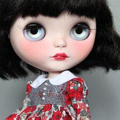 Ooak custom Blythe doll 'Ruby'