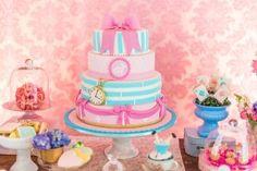 festinha-alice-no-pais-das-maravilhas-rosa-azul-decoracao-Pequenos-Luxos-03