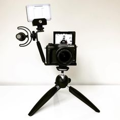 Another beautifully simple vlogging setup by . Best Vlogging Camera, Vlog Camera, Vlogging Equipment, Camera Aesthetic, Toy Storage Baskets, Photography Gear, Jewelry Photography, Philips, Camera Settings