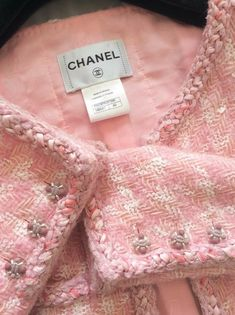 Chanel Fashion, Couture Fashion, Diy Fashion, Fashion Brand, Coco Chanel, Chanel Style Jacket, Jessica Parker, Chanel Makeup, Chanel Couture